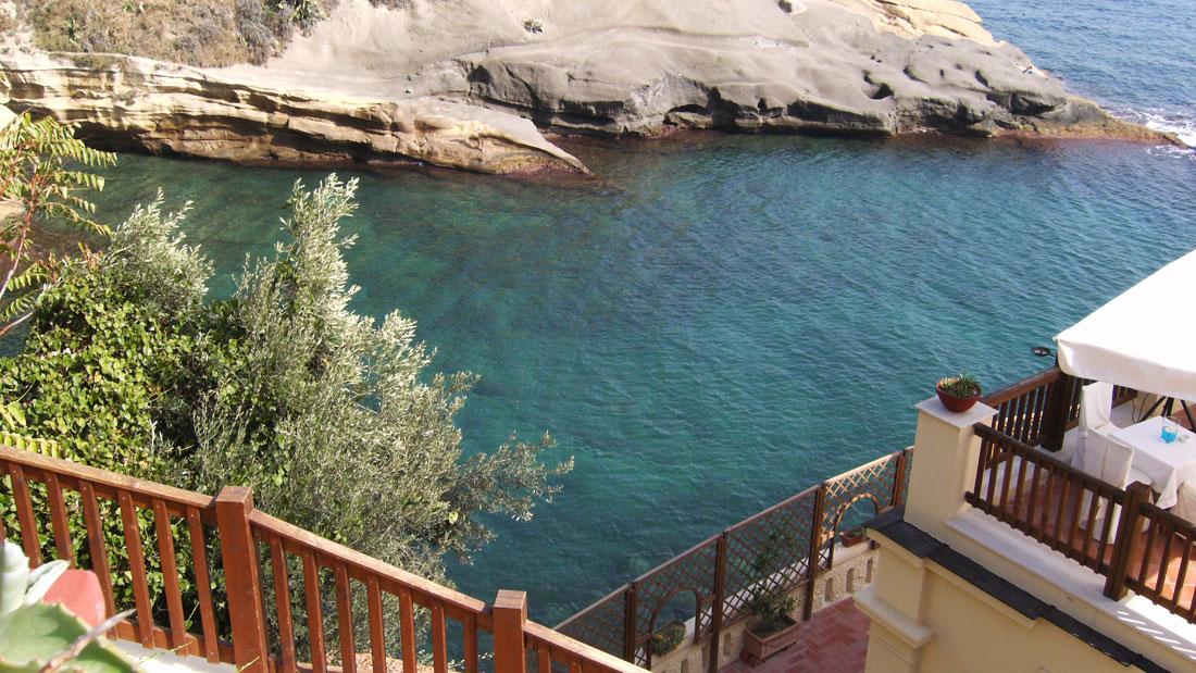 Baia delle Rocce Verdi Posillipo Stabilimento balneare Napoli
